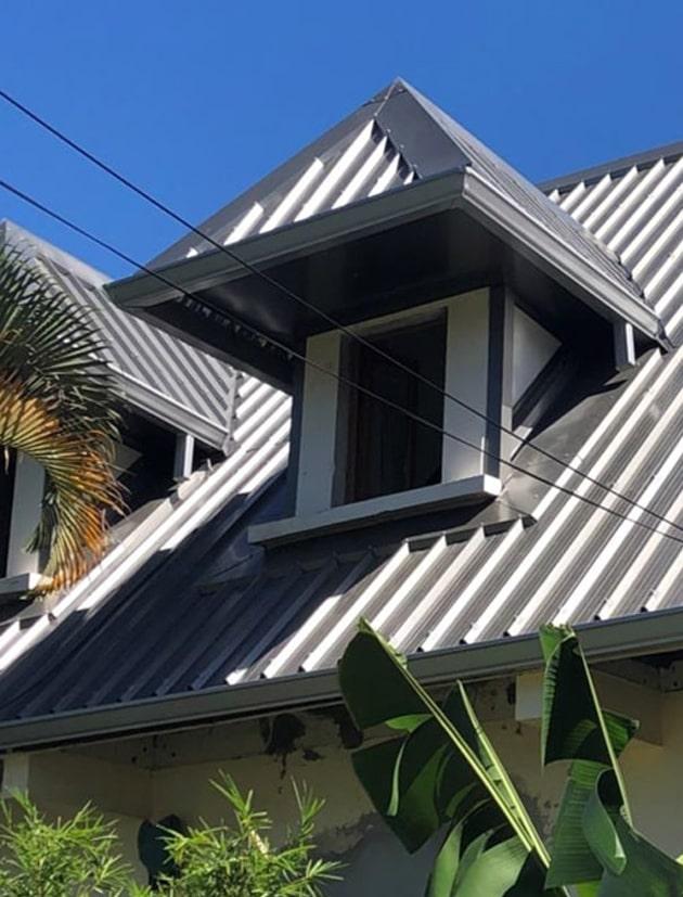 Réparation toiture à la Réunion